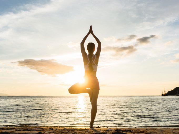 balance 巻くだけで体幹を整え立ち仕事の腰痛を解消!「グッとバランス。」